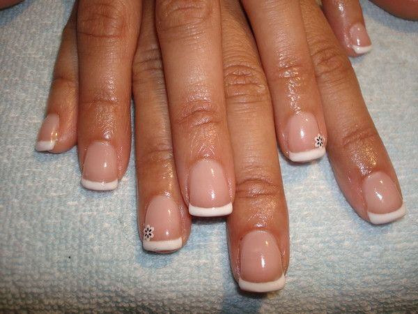 Construction en gel d 39 ongles sur french - Ongle gel french ...