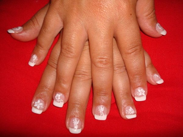 Decoration Ongles French : Pose de gel french et décoration d ongles